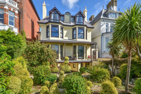 Southsea, Hampshire. 2 bedroom apartment for sale