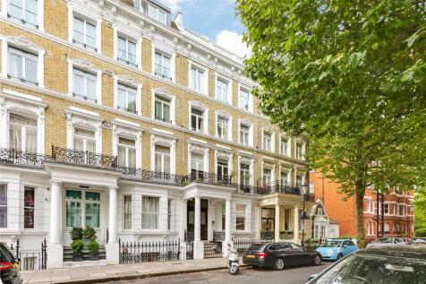 Trebovir Road, Earls Court, London, SW5. Studio flat