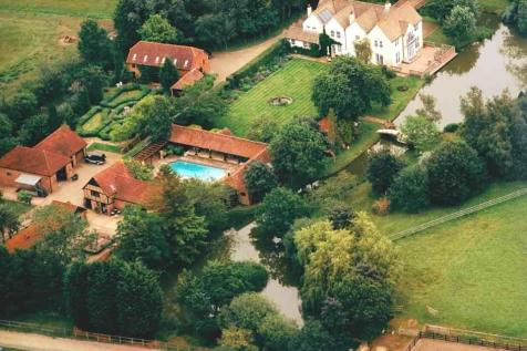 Horsham, West Sussex. 5 bedroom equestrian facility for sale