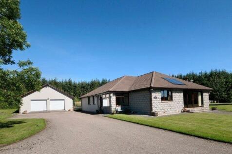 Parkside Croft, Bauds, Buckie, Moray, AB56. 4 bedroom bungalow for sale