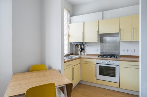Springdale Road London N16. 1 bedroom flat