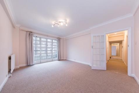 Vicarage Gate London W8 EPC:F. 2 bedroom apartment