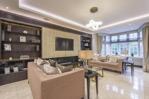 Knightsbridge SW1X. 4 bedroom apartment