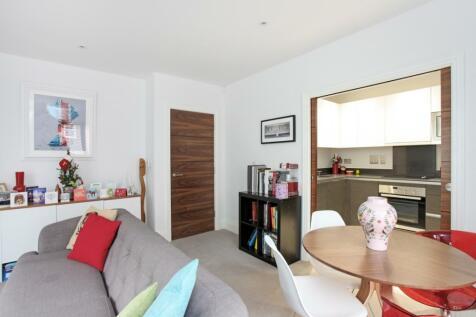 Humphris Place Cheltenham GL53. 1 bedroom flat