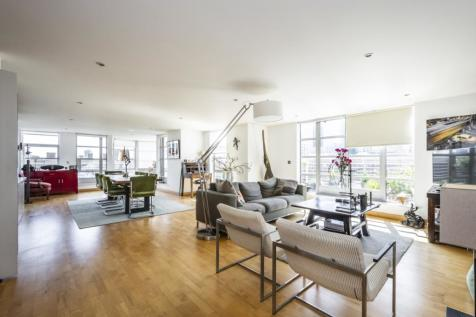 Leyden Street E1, EPC:E. 2 bedroom apartment