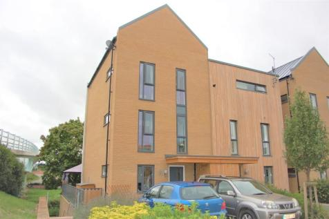 Firepool View, Taunton, Somerset, TA1. 4 bedroom semi-detached house for sale