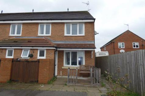 Liberty Park, Brough. 2 bedroom end of terrace house