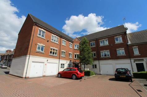 Oak House, Birches Rise, Birches Head, Stoke-on-Trent, ST1. 1 bedroom flat