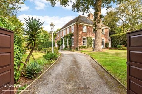 Offington Drive, Worthing, Worthing, West Sussex, BN14. 5 bedroom detached house