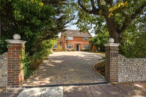 Broadwater Street West, Worthing, West Sussex, BN14. 5 bedroom detached house