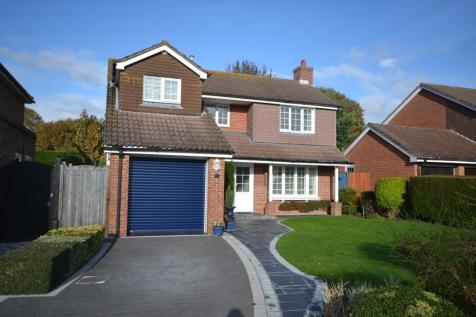 Rogers Mead, Hayling Island, PO11. 4 bedroom detached house for sale