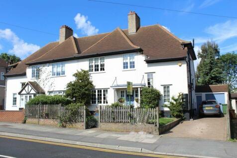 Manor Road, Crayford. 5 bedroom semi-detached house