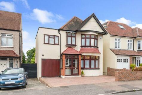 Knole Road, Dartford. 4 bedroom detached house