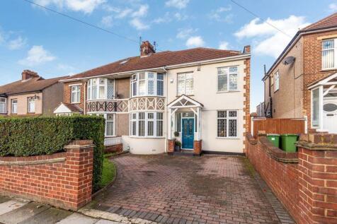 Townley Road, Bexleyheath. 3 bedroom semi-detached house for sale