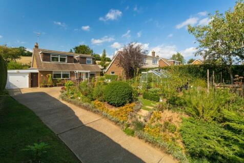 Heathfield Way, Barham, Canterbury, CT4. 4 bedroom detached house