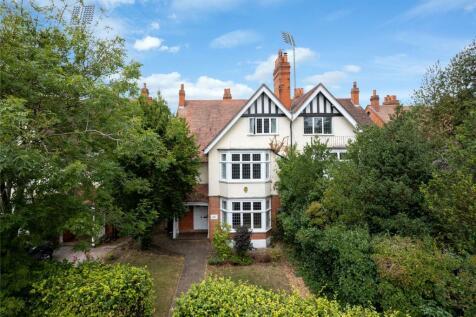 Wellingborough Road, Northampton, NN1. 6 bedroom semi-detached house for sale