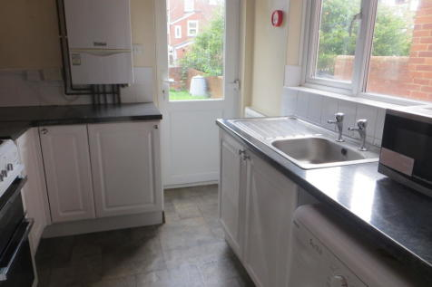 Springfield Road, Exeter. 4 bedroom terraced house