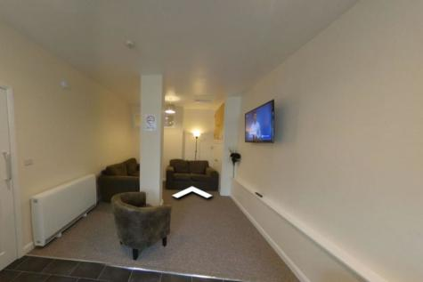 Fore Street, Exeter - Includes Utility Bills - 6 Double Beds. 6 bedroom house