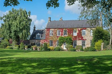 Dalton, Newcastle upon Tyne. 6 bedroom equestrian facility for sale