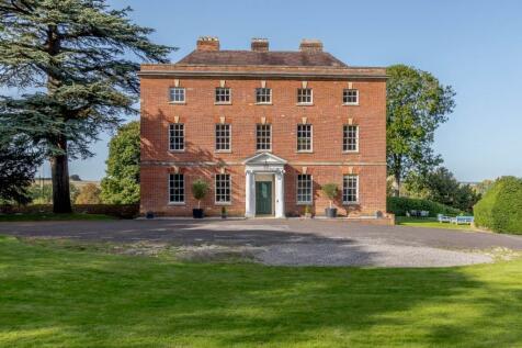 Netheravon, Salisbury, Wiltshire. 8 bedroom house for sale