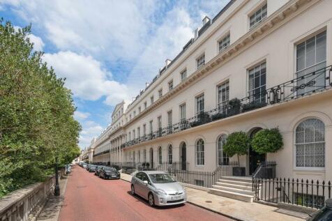 Chester Terrace, Regent's Park, London. 5 bedroom terraced house for sale