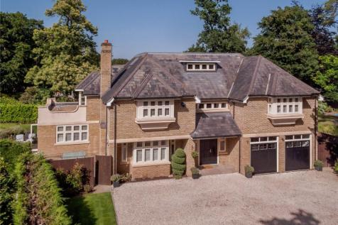 Blackdown Avenue, Woking, Surrey. 5 bedroom detached house for sale