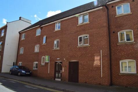 Regent Street, Town Centre, Northampton, NN1. 2 bedroom flat