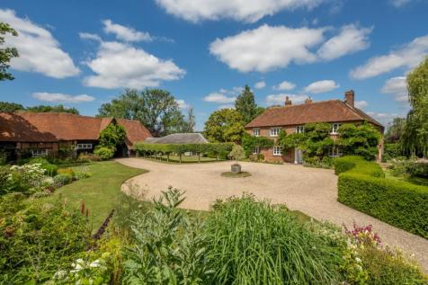Ashford Hill, Kingsclere, Hampshire. 6 bedroom detached house for sale