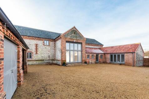 Grove Farm Barns, Roughton Road, Felbrigg, Norwich. 6 bedroom barn conversion for sale