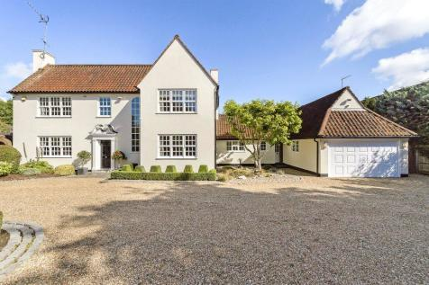 Camlet Way, Hadley Wood, Hertfordshire. 6 bedroom detached house for sale