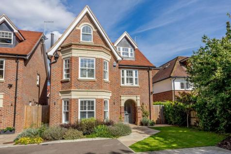 Stuart Place, St. Albans, Hertfordshire. 5 bedroom detached house for sale