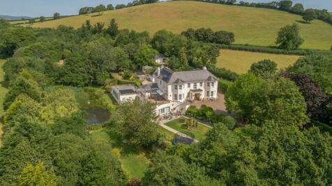 Staverton, Totnes, Devon. 6 bedroom detached house for sale