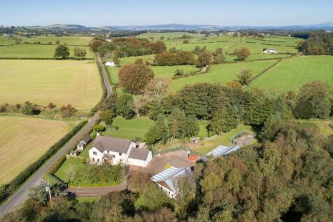 Meadow Lea, Thorniethwaite Meadow, Lochmaben, Dumfriesshire. 5 bedroom detached house for sale