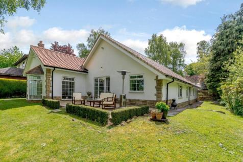 Valley Drive, Yarm, Cleveland. 4 bedroom bungalow for sale