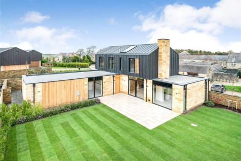 Moor Park, Beckwithshaw, Harrogate, North Yorkshire. 4 bedroom detached house for sale