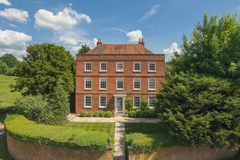 Village Lane, Hedgerley, Buckinghamshire. 5 bedroom house for sale