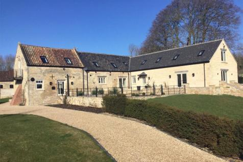 Holywell Road, Clipsham, Oakham, Rutland. 5 bedroom barn conversion for sale