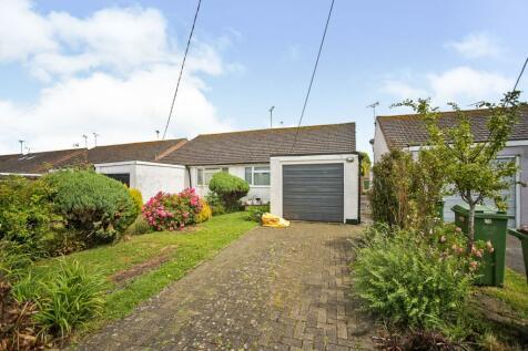 Swan Green, Sellindge, Ashford. 2 bedroom semi-detached bungalow