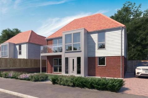 Conningbrook Lakes, Kennington, Ashford. 5 bedroom detached house for sale