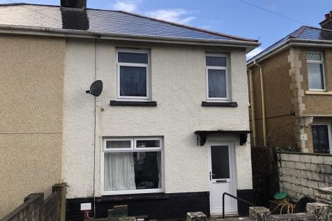 Glanymor Street, Briton Ferry, Neath, Neath Port Talbot.. 3 bedroom terraced house
