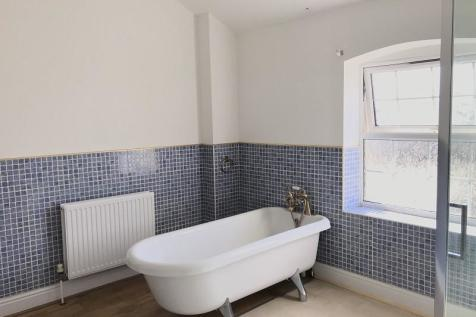 Elias Street, Neath, Neath Port Talbot.. 3 bedroom flat