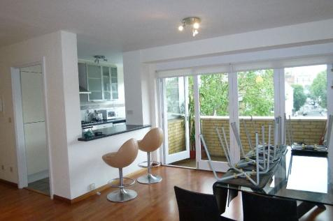 The Colonnades, Porchester Terrace North, Bayswater W2. 2 bedroom flat