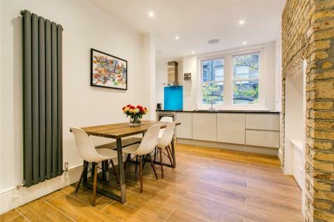 Charleville Mansions, Charleville Road, London, W14. 2 bedroom flat