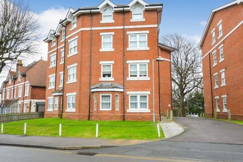 Upper Avenue, Eastbourne, BN21. 2 bedroom flat