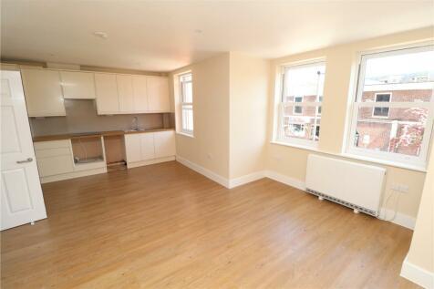 Sidney Road, Beckenham, BR3. 2 bedroom apartment