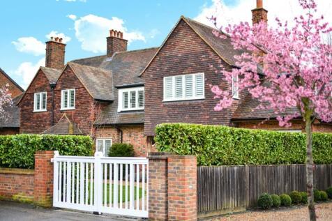 Manor Way, Beckenham, BR3. 5 bedroom detached house