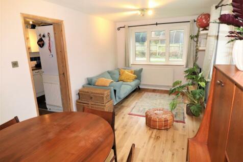 Croydon Road, Beckenham, BR3. 1 bedroom apartment