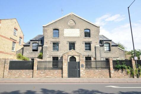 Leswin Road, London. 3 bedroom semi-detached house
