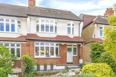 Clifton Road, London. 4 bedroom end of terrace house