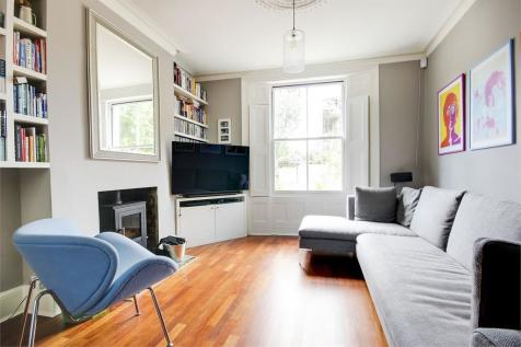 Ormond Road, Crouch End Borders. 4 bedroom terraced house for sale